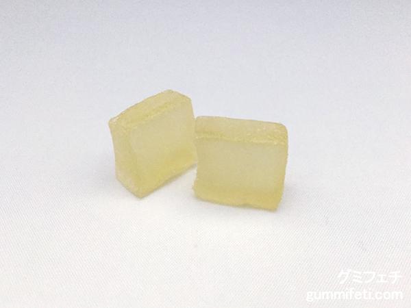 ぷるもっちグミ桃の天然水_003
